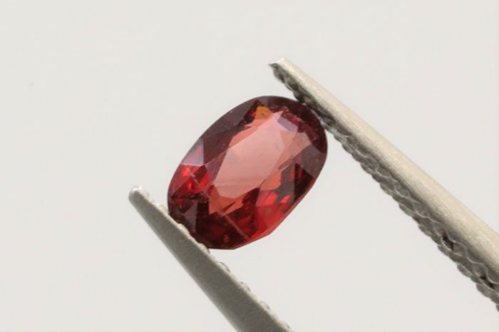 Spinel - Orangey Red - 0.40 ct **No Reserve Price**