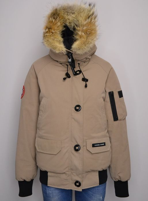 b381fb23d67f Canada Goose Chilliwack Bomber - Down jacket - Catawiki