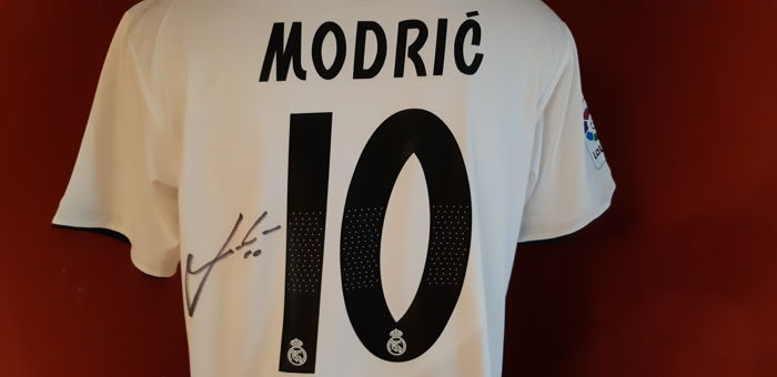 d4ba71e87 Real Madrid Luka Modric Shirt 2018 2019 Autograph + Photo proof ...