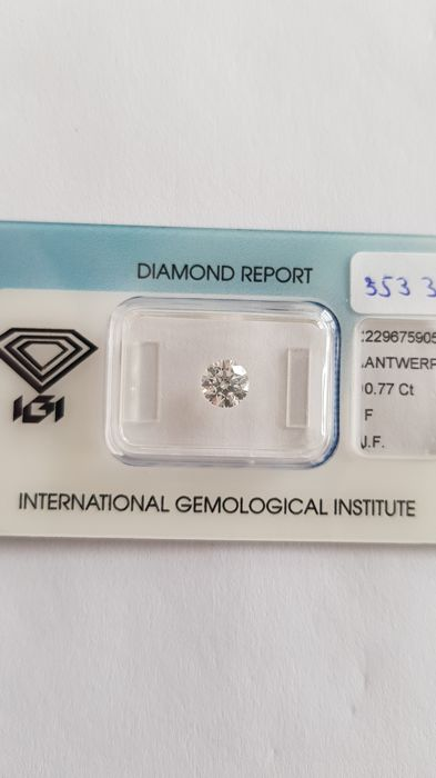 0.77 ct brilliant cut diamond F I.F