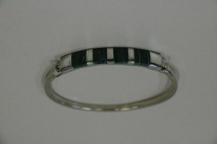 No Reserve Price 925 Silver Bracelet With Malachite Diameter
