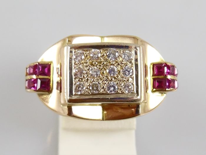 Ring - Gold - 0.36 ct - Diamond and Ruby