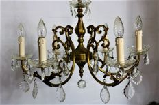 A most elegant chandelier of the highest quality
