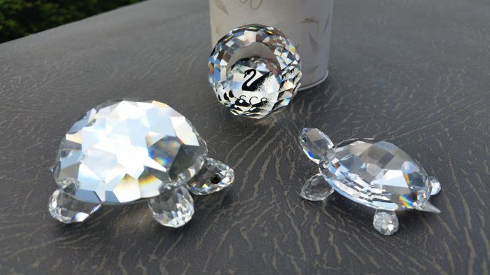 Swarovski - turtles (2) - paperweight