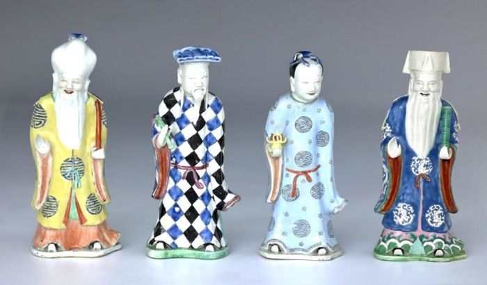 Set of 4 immortals in porcelain - China - XVIII Century - Jiaqing reign (1796-1820)