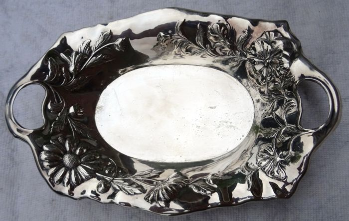 Orfévrerie Wiskemann - beautiful silver plated Art-Nouveau bun / cookie dish - ca. 1890