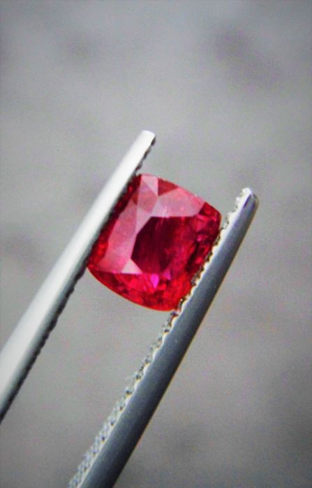 Ruby - 1.06 ct