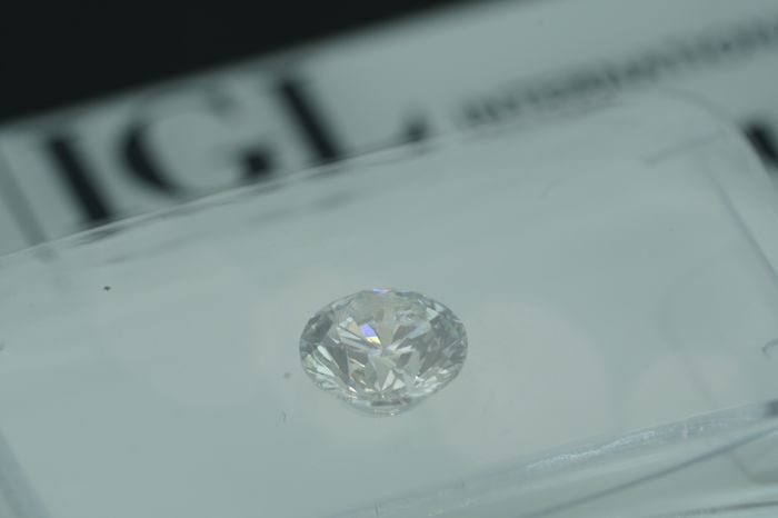 IGL 0.53ct F SI2  Natural Diamond - Round Brilliant EX/VG/EX None   ****No Reserve Price***