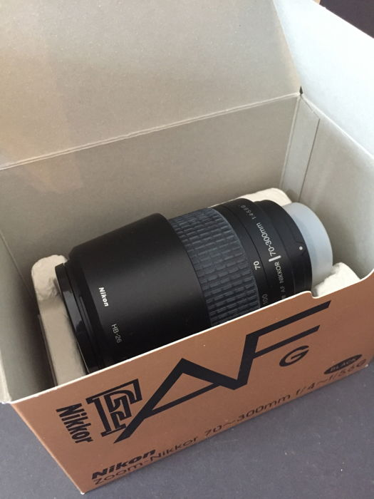 Nikon Nikkor F. AF G. Lens Zoom - Nikkor 70-300 mm f/4-f/56G for sale