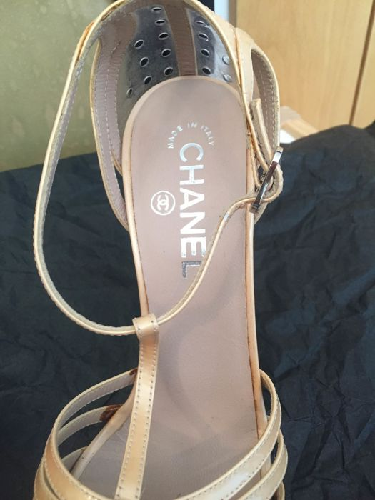 e3cdd713a095 Chanel sandals no minimum price  gift2018 - Catawiki