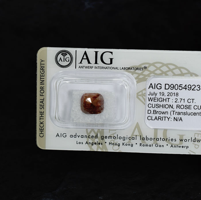 Natural Colour Diamond - 2.71 ct, NO RESERVE PRICE