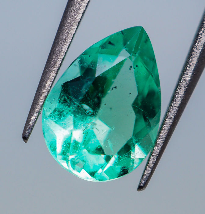 Emerald - 0.96 ct - No Reserve