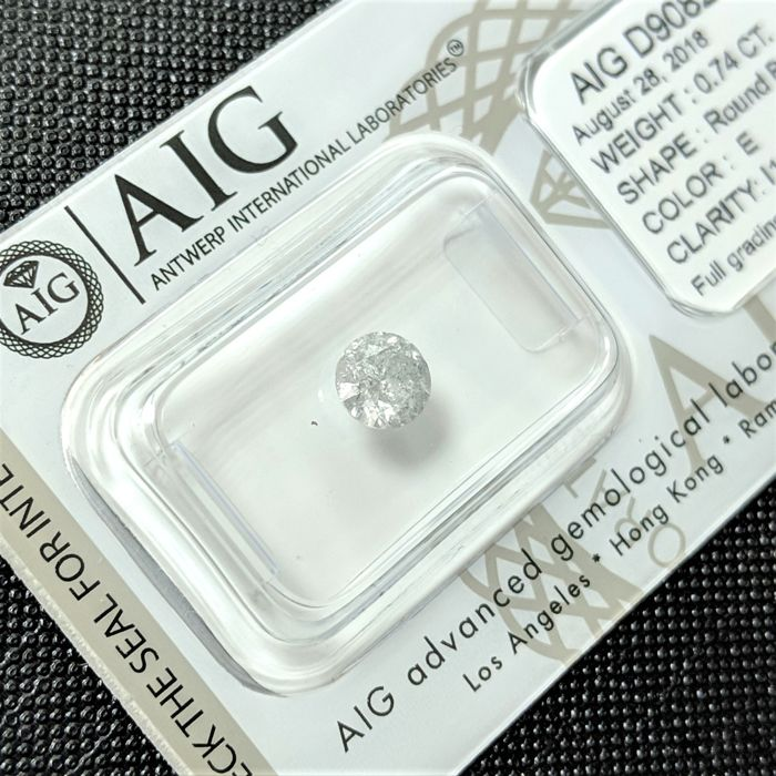 0.74 ct - Natural White Diamond - E Color - I1 - VG/VG/VG - NO RESERVE!