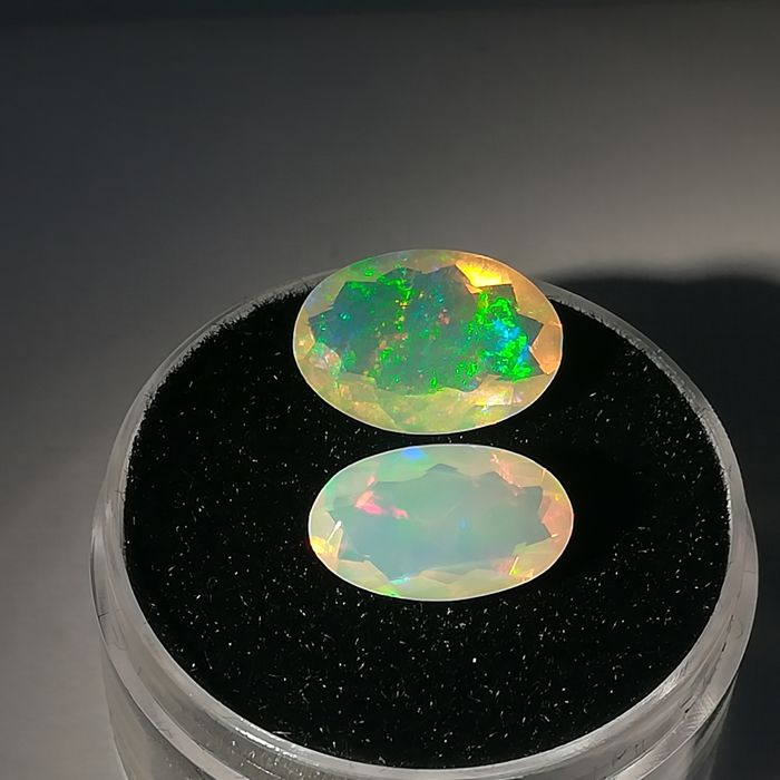 Lot of 2 Noble Opals - 3.00 ct