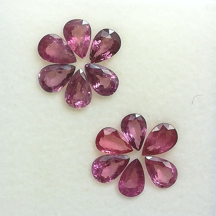 Lot of 12 Rubies - 5.42 ct