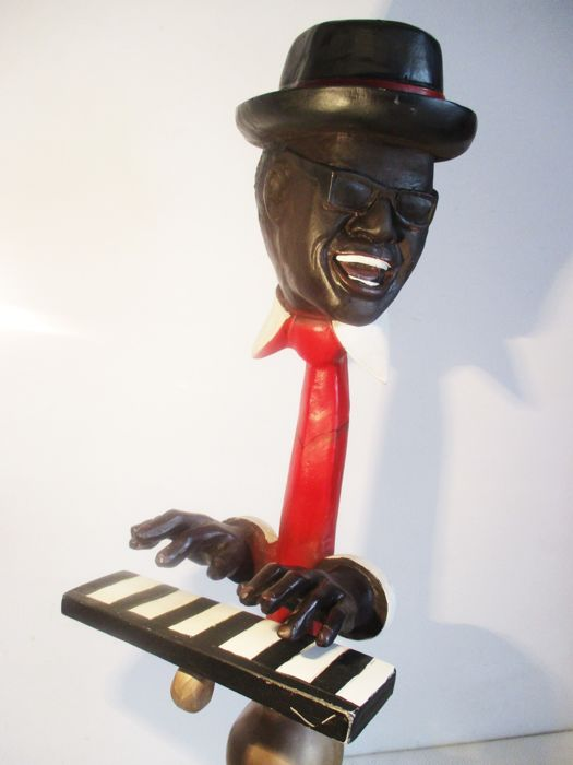 Ray Charles polystone statue (70cm height)
