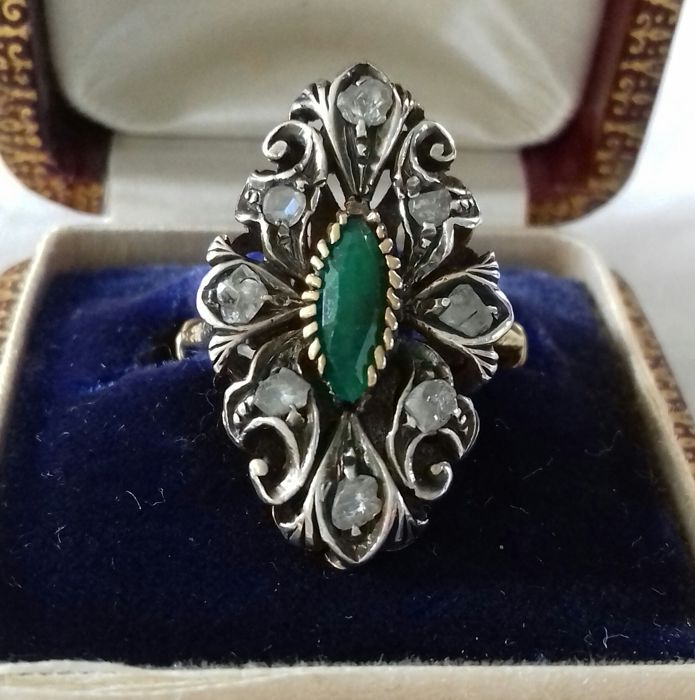 18 kt ring with rose diamond marked 750 kt emerald 16.5 mm == 52.5 mm