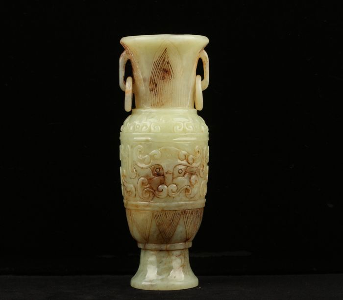 Chinese White Grey Jade Nephrite carved Vases with two handles and two rings -- 14cm, 297g -- Second half of 20th Century