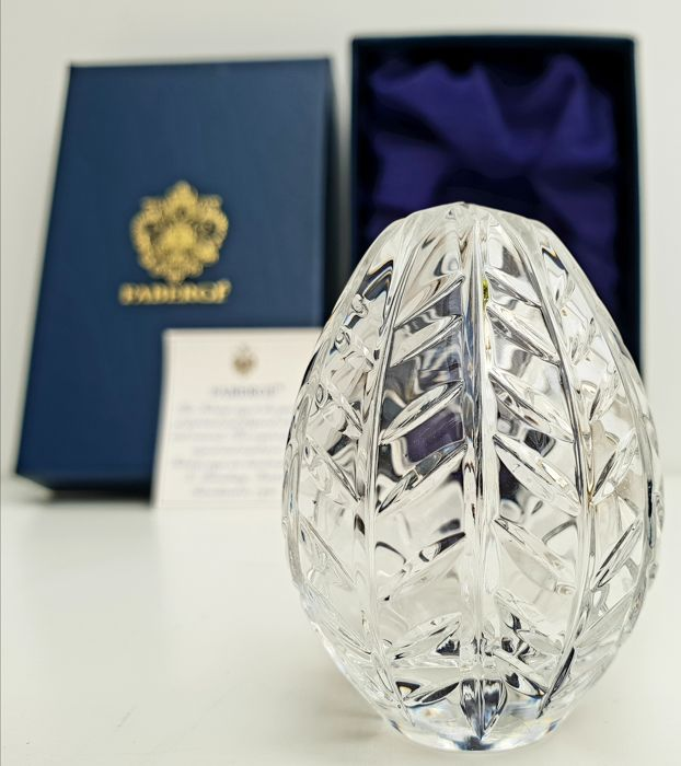 """House of Faberge Imperial Collection - Imperial Signed """"Leaf"""" Crystal egg with serial number"""