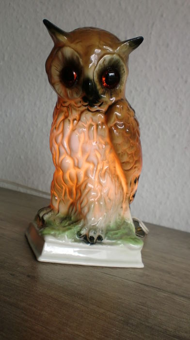 Air purifier, table lamp, porcelain figurine of an eagle owl -  glass eyes - 1950s