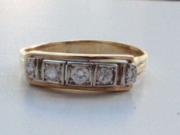 14 kt yellow gold ring set with diamond, 0.26 ct, ring size 19