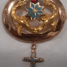 Bourbonic brooch in 12 kt gold with enamels  Naples, 19th century