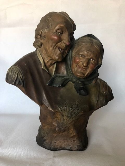 Ezio Ceccarelli (1865-1927) - Older couple made of painted terracotta - late 1800s/early 1900s