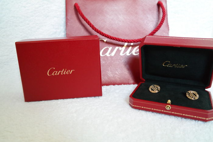 Cartier - 18k Solid Gold ''C '' Cufflinks with original  box  - In Excellent  Condition  -1997