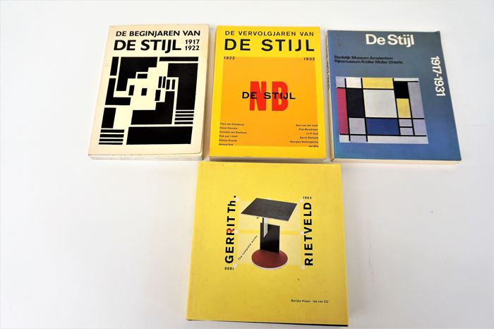 Literature - Lot with 4 Books on De Stijl and Gerrit Rietveld