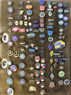 Collection of pins (approx. 150)