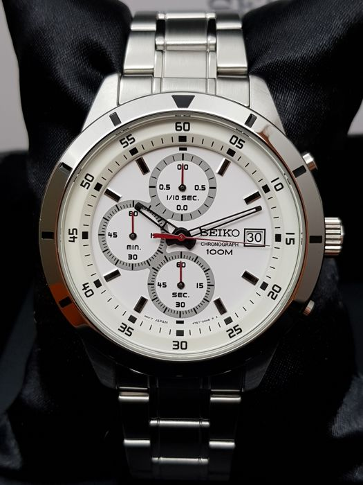 Seiko - Chronograph NEW WARRANTY - Men - 2011-present