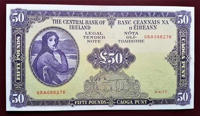 Ireland - 50 Pounds 1977 - LADY  LAVERY - Pick 68c - Serial number: 05A066276