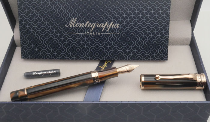Montegrappa - Ducale Rose Gold Brown Fountain Pen M Nib.