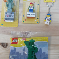 LEGO New York Minifigure Key Chain 853601