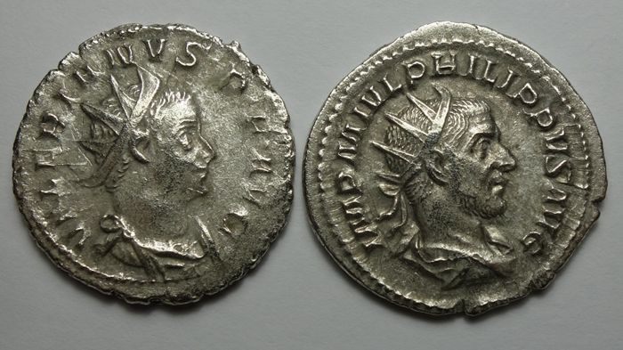 Empire romain - Lot comprising 2 Antoniniani: Philip I (AD 244-249) / Valerianus I (AD 253-260) - Argent