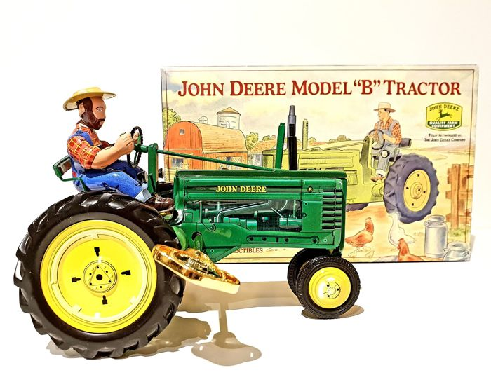 Franklin Mint - John Deere model B in tinplate wind-up tractor with