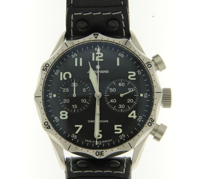 Preview of the first image of Junghans - Pilot Chronoscope - 027/3590.00 - Men - 2011-present.