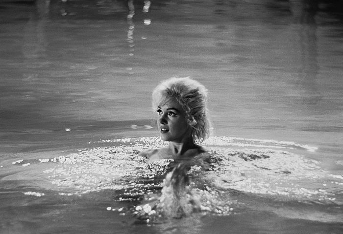 Marilyn  Monroe - Set of 3 Press photos (made by Lawrence Schiller, 1962)