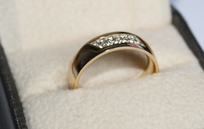 Pave - 14 kt. Yellow gold - Ring - 0.10 ct Diamond