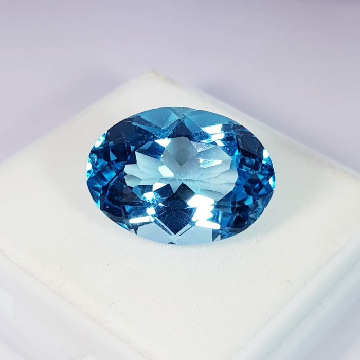 Swiss Blue Topazio - 24.36 ct