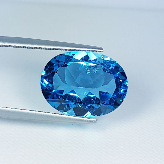 Swiss Blue Topaas - 12.16 ct
