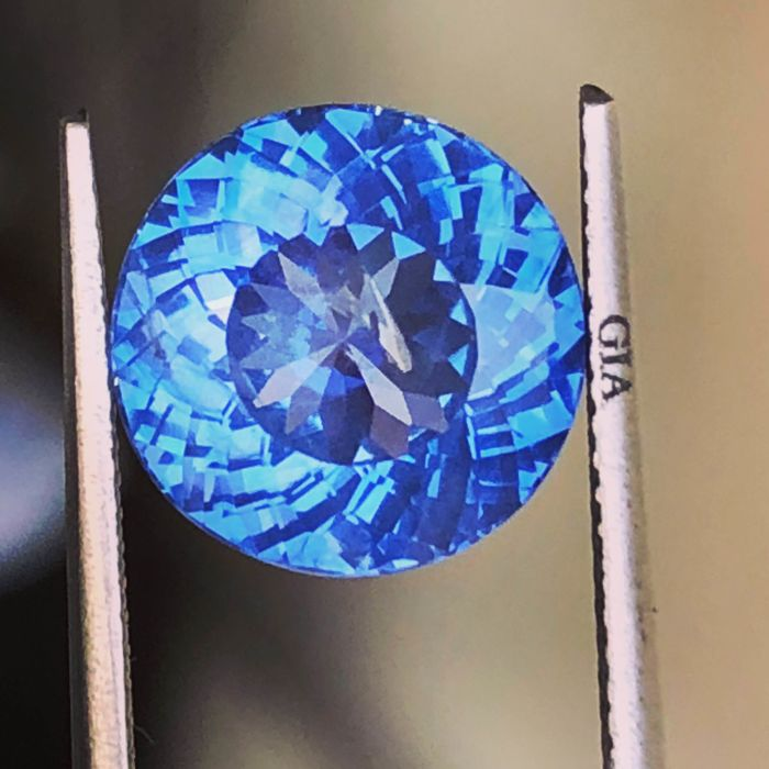 1 pcs  Safir - 7.03 ct