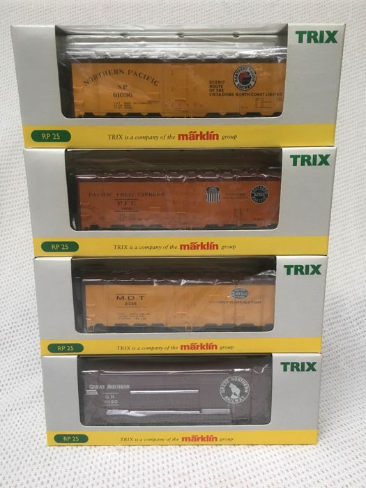 Trix H0 - 24902-8/24902-9/24902-10/24902-15 - Freight carriage - 4 Boxcars