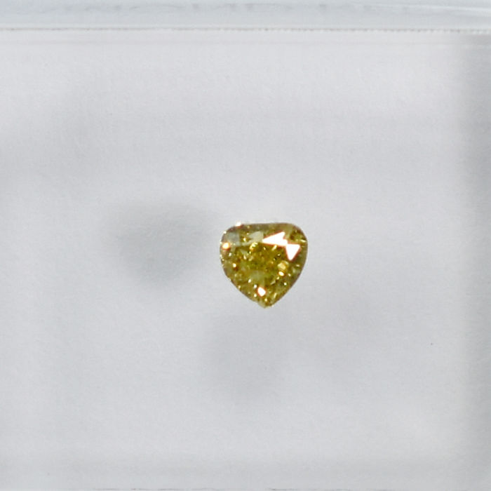 Diamant - 0.12 ct - Peer - Natural Fancy Bownish Greenish Yellow - Si2 - NO RESERVE PRICE