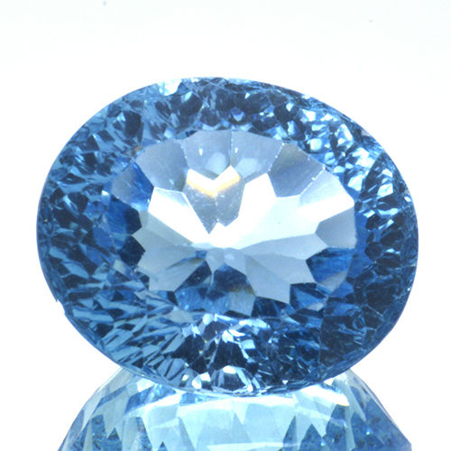 Zwitsers blauw Topaas - 18.27 ct