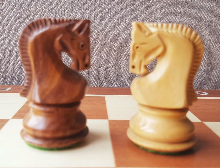 Chess set, Zagreb Model with Board / Wooden Box - Wood