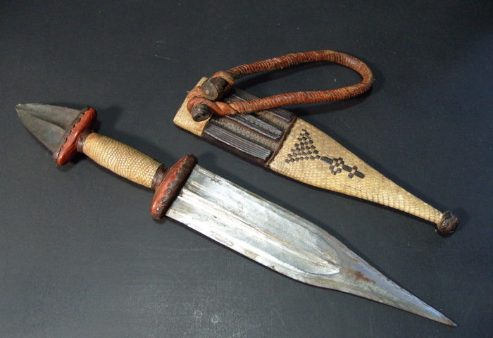 Very fine collection tribal African weapons - various