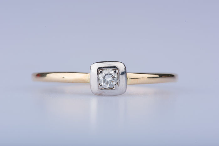 18 karaat Goud, Witgoud - Ring - 0.06 ct Diamant
