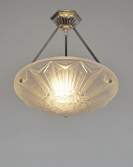 HV & HANOTS French Art Deco chandelier Hängelampe
