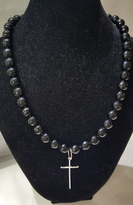 Collana in argento e croce in onice - .835 argento
